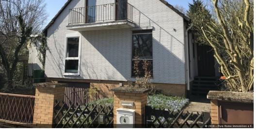 VERKAUFT – Zweifamilienhaus in ruhiger Lage am Windmühlenberg